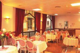 12-restaurant-750x500